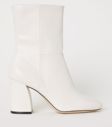 claudia.styliste.white.boots